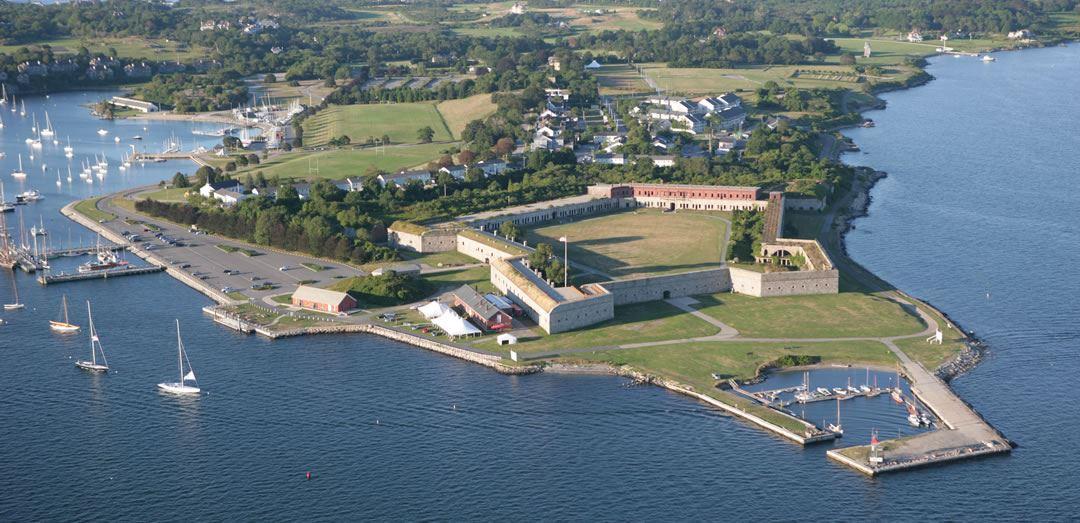форт адамс Самый маленький штат США Род-Айленд