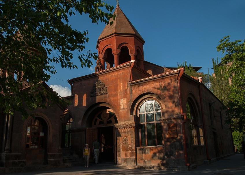 Церковь Сурб Зоравор